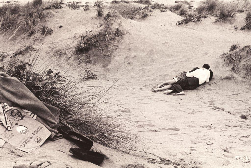 Gianni Berengo Gardin, Venezia. Il lido 1958 © Gianni Berengo Gardin Courtesy Fondazione Forma per la Fotografia