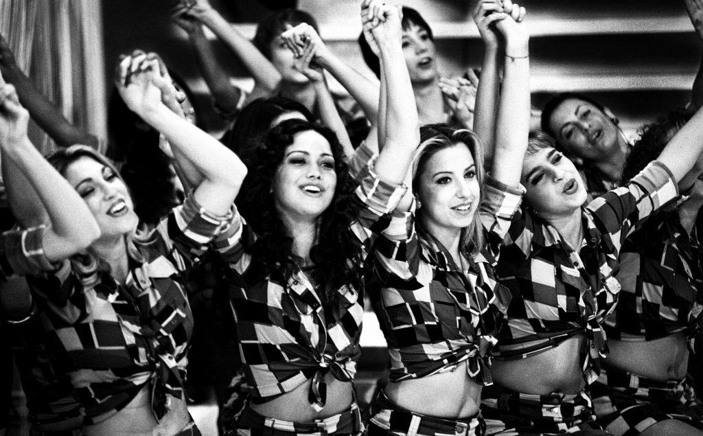 """Ballerine durante la trasmissione """"Domenica in"""" su Rai 1 condotta da Mara Venier. Roma studi Rai di Cinecittà, 1996"""