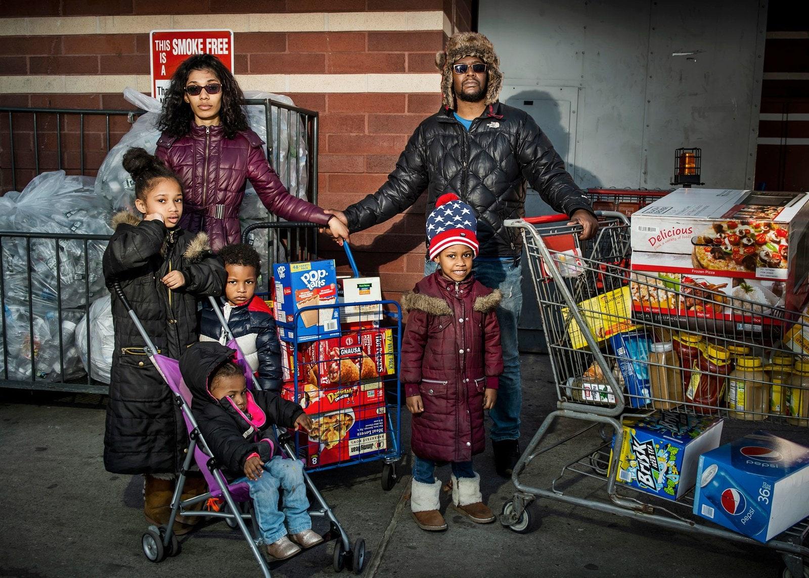 Una delle foto dell'inchiesta fotografica sulla spesa dei newyorkesi (Photo: Dina Litovsky; Fonte: New Yorker)
