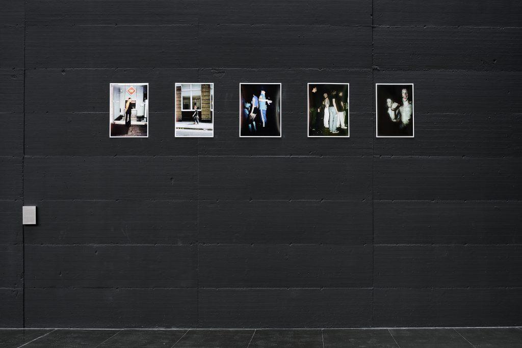 Henry Bond, The Cult of the Street, 1998. Veduta della mostra Museo per l'Immaginazione Preventiva — EDITORIALE, MACRO, 2020. Courtesy MACRO — Museo d'Arte Contemporanea di Roma. Ph. Giovanni Apa.