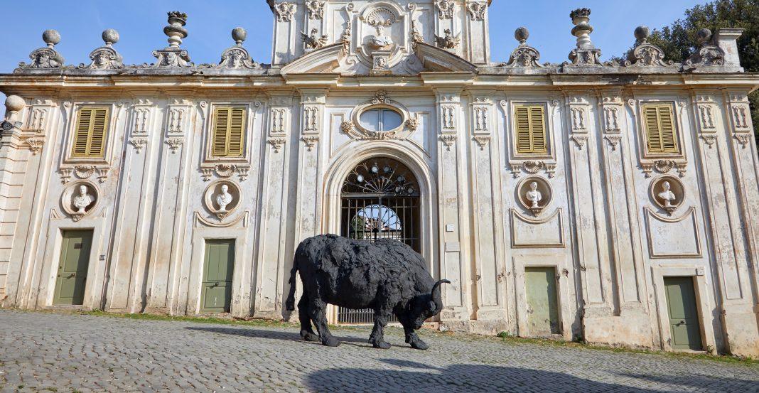 Opera di Back to Nature a Villa Borghese
