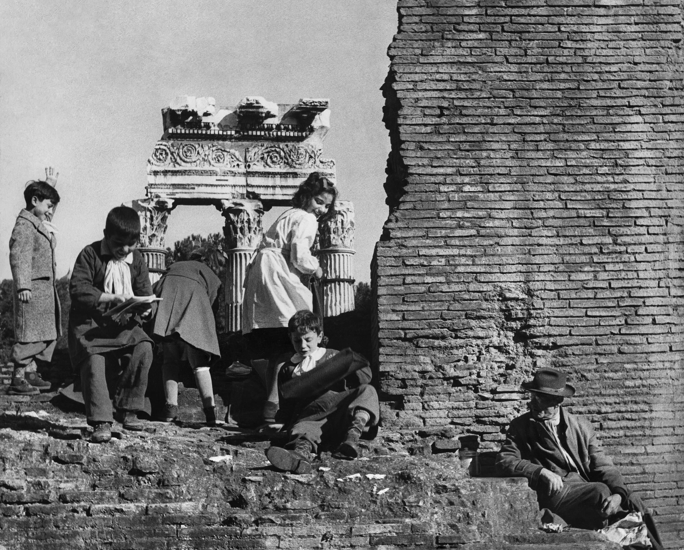 Lori Sammartino. Roma, c. 1960 (Courtesy Daniele Petiziol).