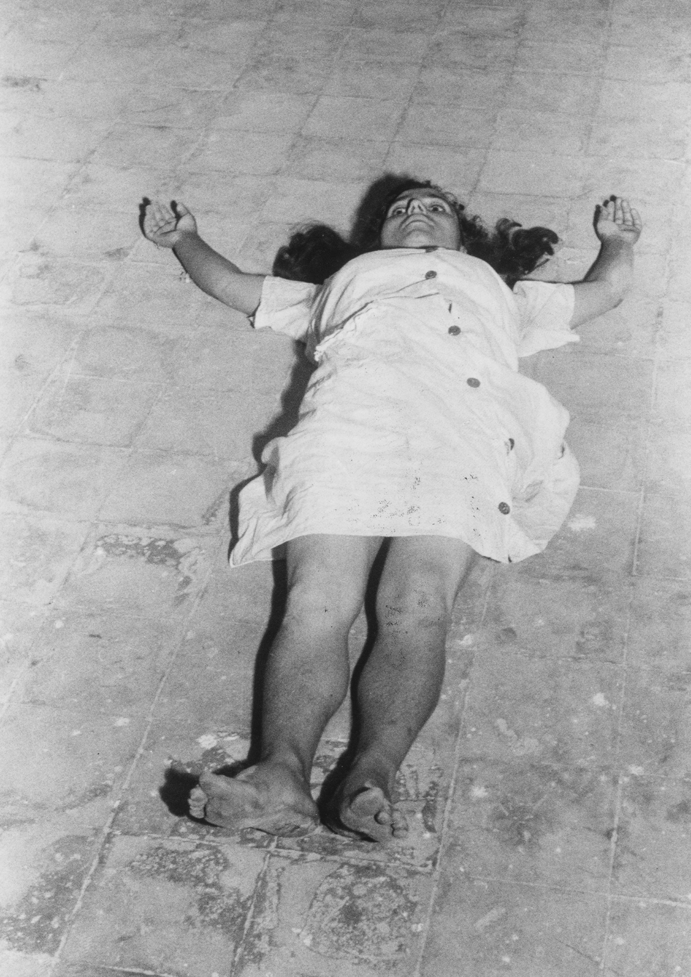 Chiara Samugheo, Le invasate, Galatina, 1954.