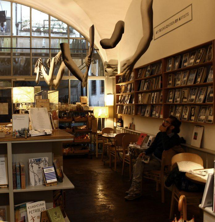 Marta dell'Angelo, Tableau Vivant 2020, libreria BRAC