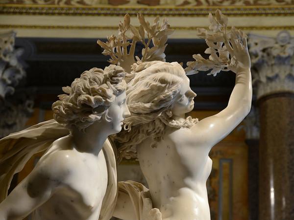 """Galleria Borghese - Sala 3 Gian Lorenzo Bernini """"Apollo e Dafne"""" Galleria Borghese© Ministero per i beni e le attività culturali e per il turismo – Galleria Borghese"""
