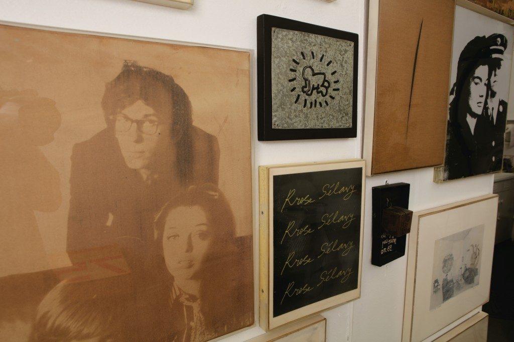 Un altro dettaglio della casa-studio di Christo e Jeanne-Claude. Foto di André Grossman © THE ESTATE OF CHRISTO V. JAVACHEFF. Asta Sotheby's