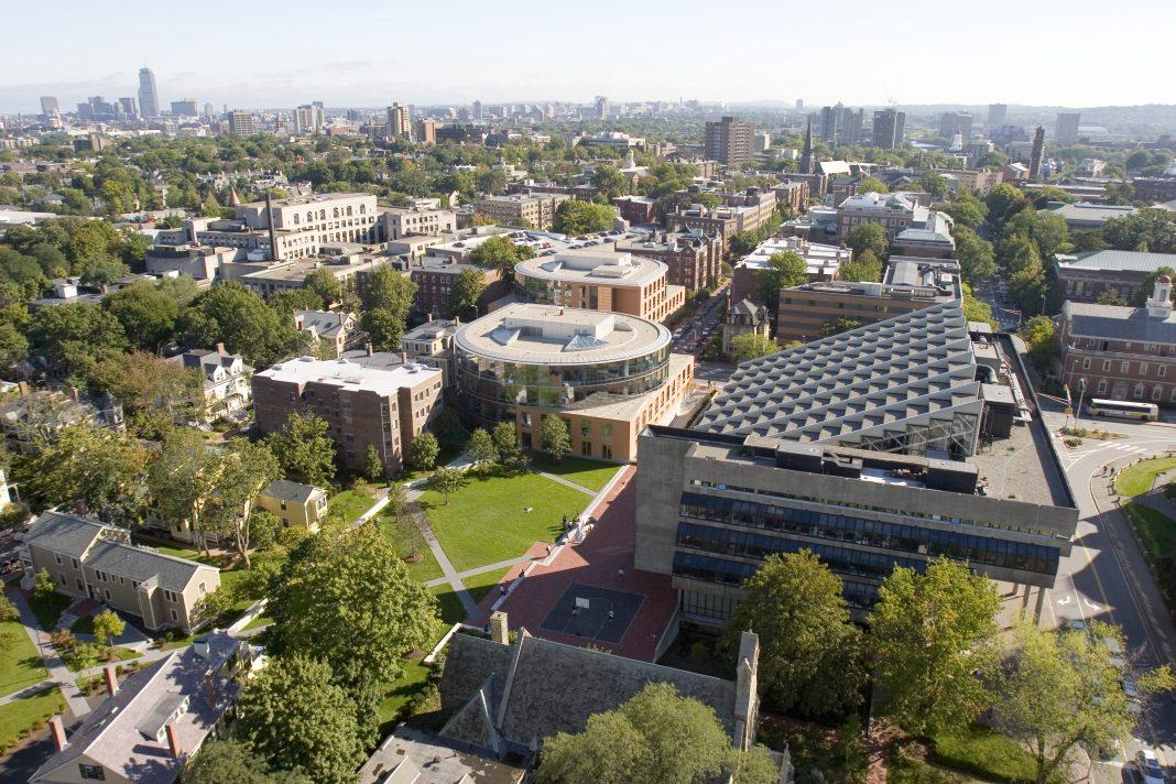 Harvard University campus. Ph Stephanie Mitchell, Harvard University News Office