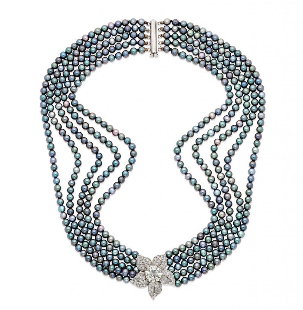 Collana con perle coltivate e diamanti (dai gioielli dell'attrice Franca Valeri). Christie's Milano