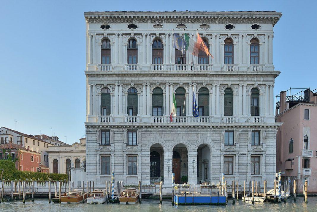 Venezia blocca affitto