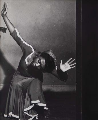"""Lisette Model, """"Pearl Primus"""", New York, 1943."""