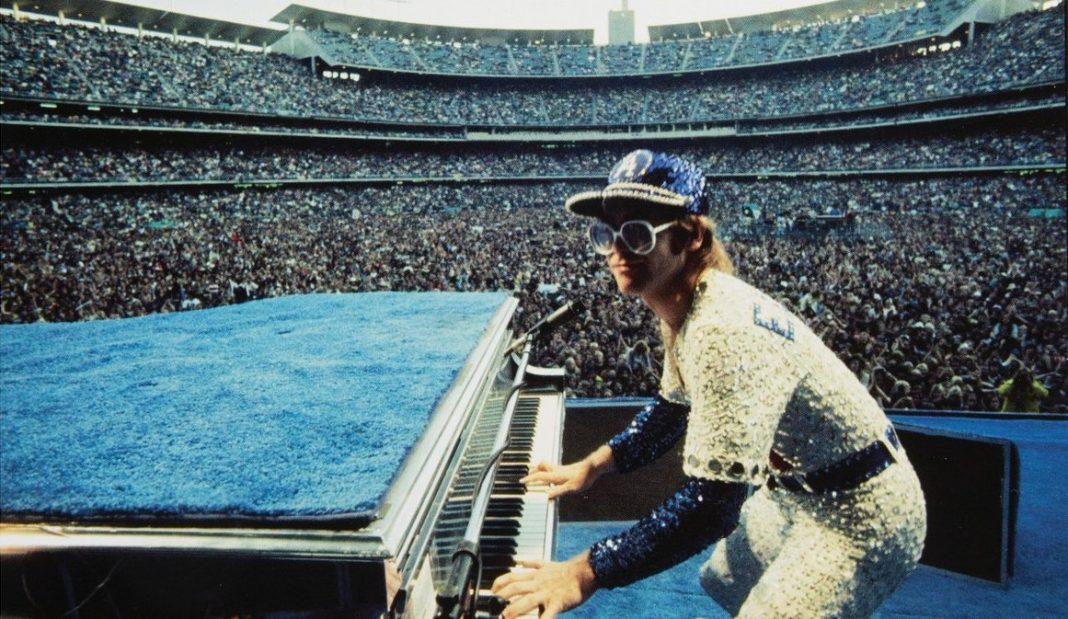 Elton John pianoforte