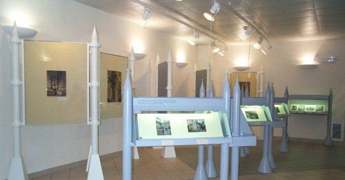 Premiata ditta. Devantures, fatture, réclames: aspetti del commercio, dell'artigianato e della manifattura a Torino nell'Ottocento