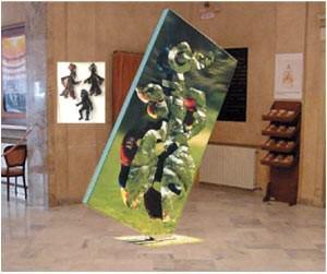 Gemine Muse 2003 – Helidon Xhixha