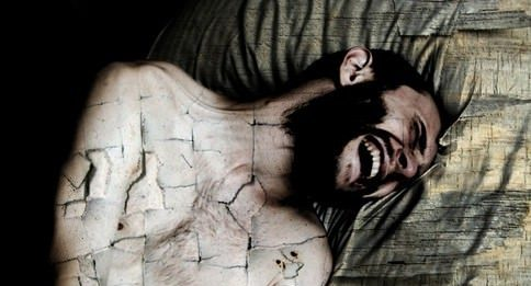 Scatti di Rabbia.  24 immagini per non morire