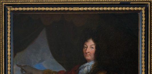Arredi e dipinti antichi ed Archeologia