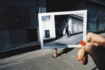 Guy Bourdin – A Message for You / Unseen