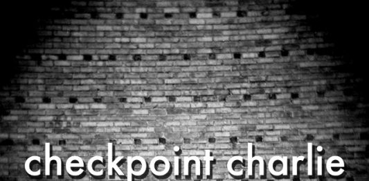 Checkpoint Charlie – Another wall comes down