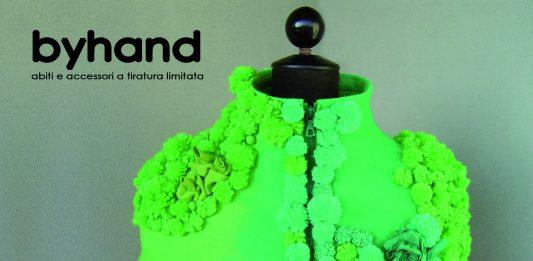 Byhand. Abiti e accessori a tiratura limitata tra arte e moda: la leggerezza