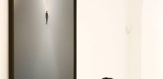 Avventure nello spazio dell'arte contemporanea: Incontro con Rebecca Russo