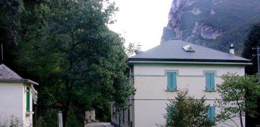 Totem   Le Artigiane ospitano la Casa degli Artisti di Sant'Anna del Furlo