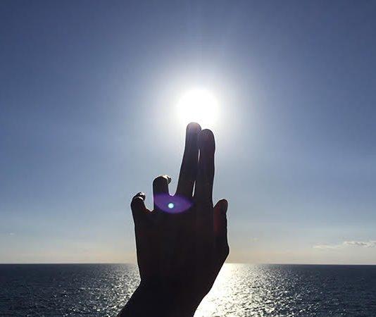 Eulalia Valldosera – Plastic Mantra. Canto di guarigione per le acque marine e l'isola di Capri