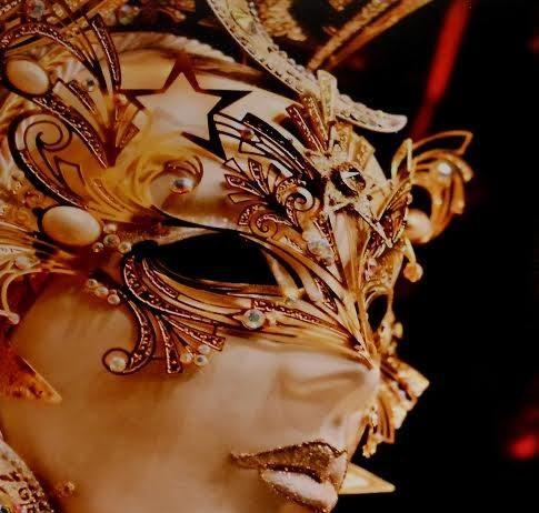 L'Arte tra maschere e colori del Carnevale