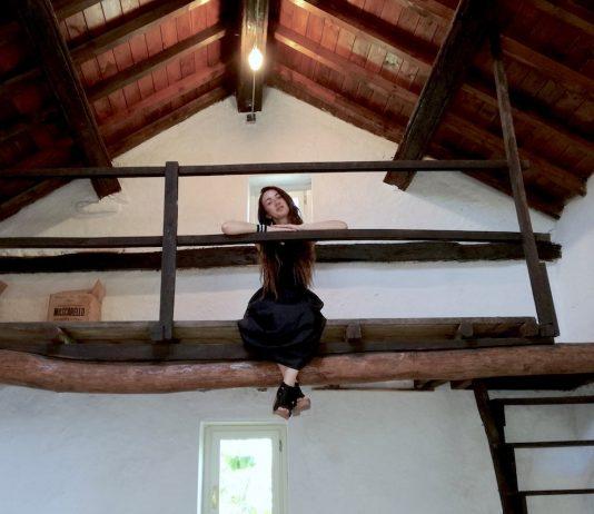 Loredana Longo – Another Break in the Wall