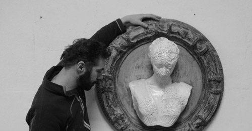 Alessio Deli – Korai Incipit Memoria