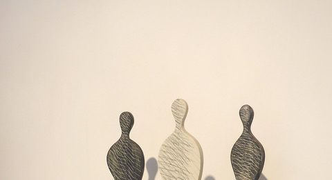 Guido De Zan – Figure in equilibrio. Ceramiche e carte