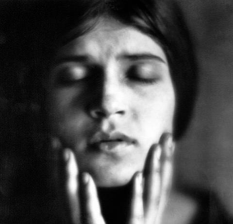 Tina Modotti – Fotografa e rivoluzionaria