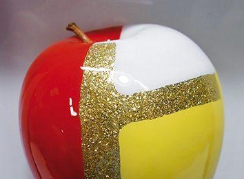 Cibi – Plastica ? … Sì, grazie ! – Declinazione artistica di un materiale controverso – Ancora mele e qualcos'altro