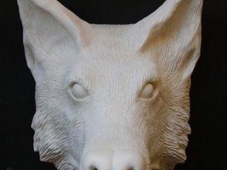 """- CERAMICS SCULPTURE'S -  Testa di lupo in ceramica di Sevres antecedente alla dipintura. (vedi """"Wolfen che emerge dal fitto fogliame del bosco"""")"""