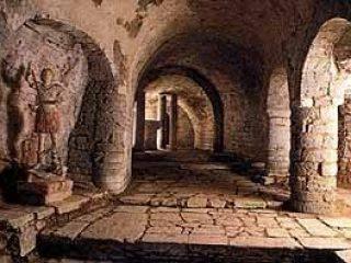 Santuario di S. Angelo di Prefoglio a Pievetorina (MC) XII secolo