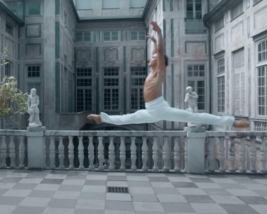 La grande Danza nei Palazzi dei Rolli di Genova. Let  history charm you