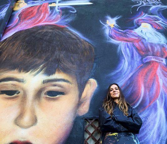 Stefania Marchetto (SteReal) – Il nuovo murales per Sant'Angelo, il Paese delle Fiabe