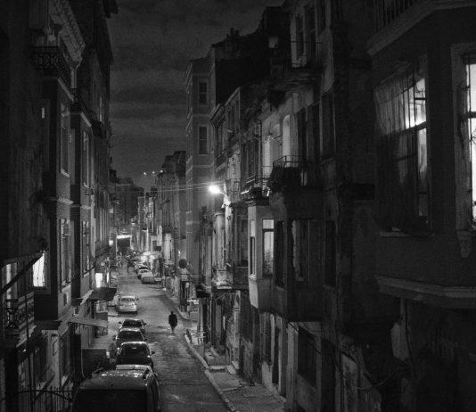 Coşkun Aşar Blackout – The dark side of Istanbul